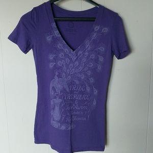 Pride & prejudice purple v-neck t-shirt size small
